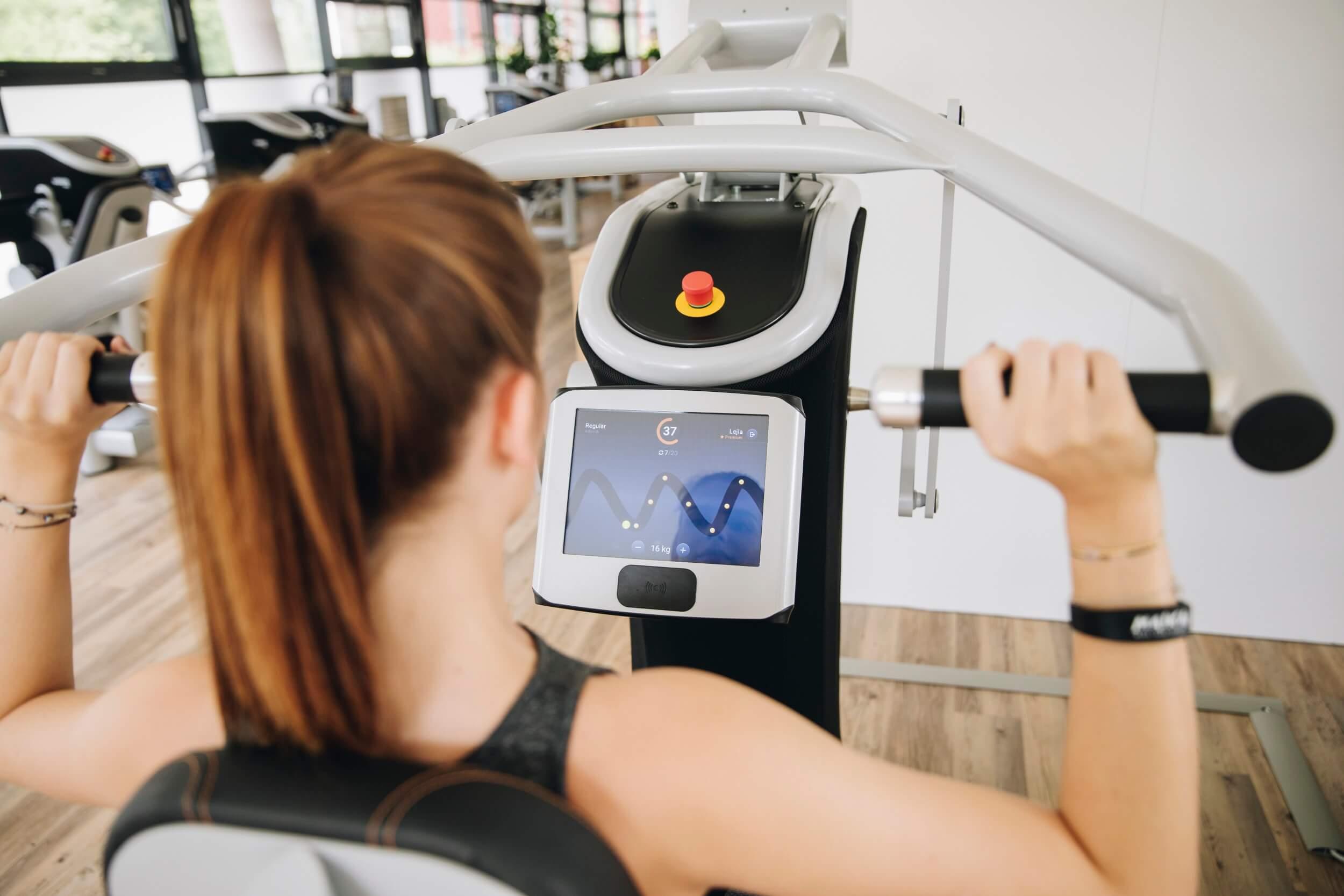 Trainingskurze Schulterpresse MAIKAI Fitness