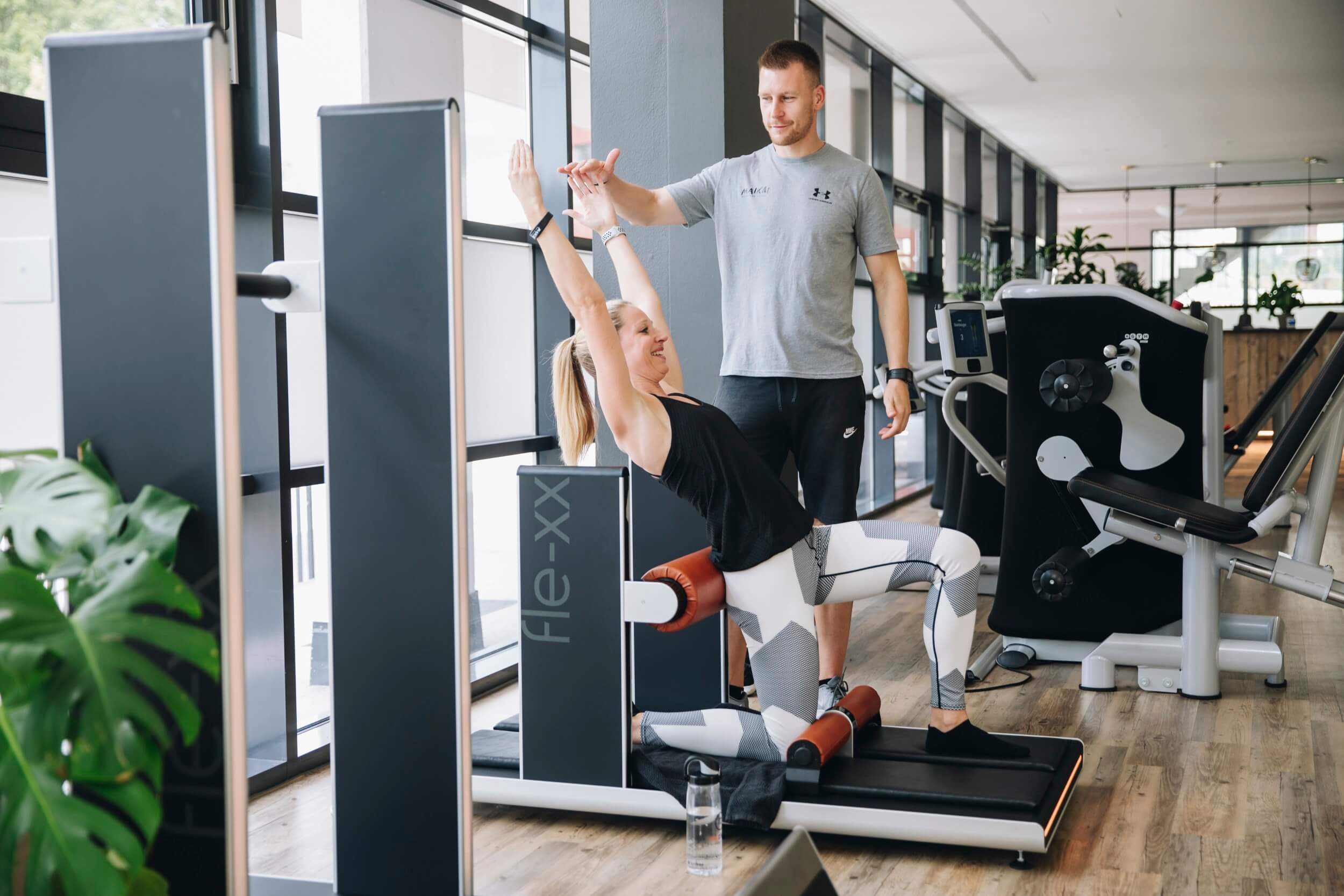 Flexx Training mit Trainer bei MAIKAI Fitness